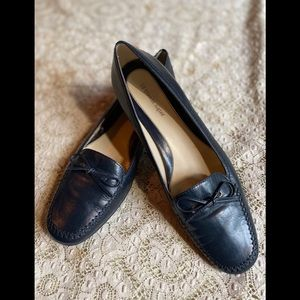 ⚜️Etienne Aigner leather navy loafers⚜️